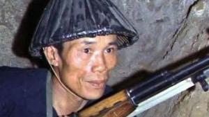 Particulièrement connue, cette photo exceptionnelle présente un Vietcong au fond des tunnels qui faisaient tant peur aux Américains.